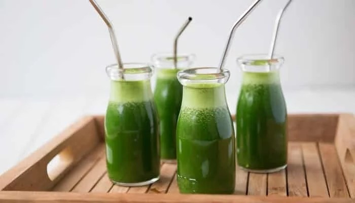 14 Shocking Benefits of Drinking Neem Juice