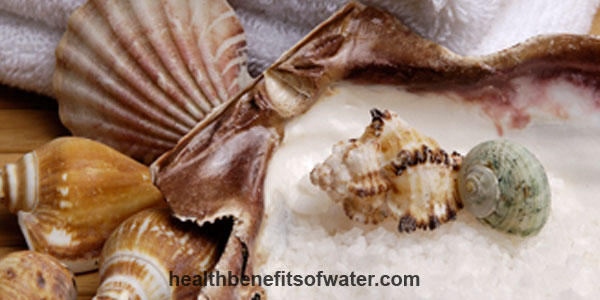 Sea Salt Bath - 8 Health benefits of bathing in sea salt water