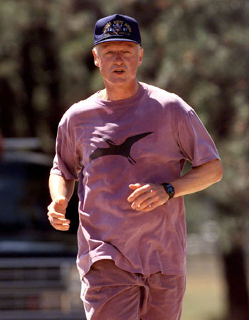 Bill-Clinton-Jogging-for-Weight-Loss
