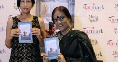 Dr Moushmi Biswas Launches Her Maiden Novel 'Maple And Spice' In Kolkata
