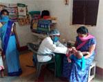 प्रवासी श्रमिक परिवारों की गर्भवती माताओं एवं बच्चों को पोषण आहार, दवाईयाँ देने का अभियान
