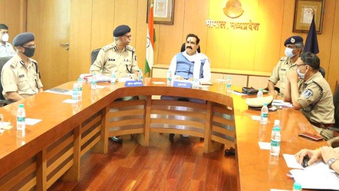 पुलिस महकमें में 4269 आरक्षकों की होगी भर्ती- मंत्री डॉ. मिश्रा