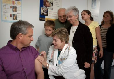 What to know about the side effects of the COVID-19 vaccination