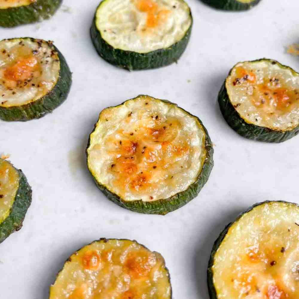 Garlic Parmesan Roast Zucchini Rounds