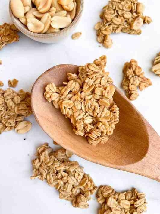 Healthy Peanut Butter Granola - recipe by Healthful Blondie