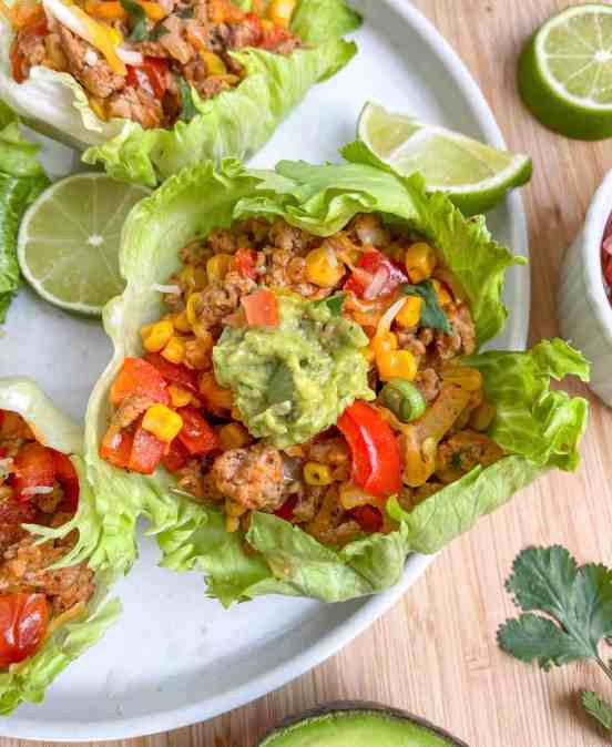 Healthy Turkey Ranchero Lettuce Cups - recipe from Healthful Blondie