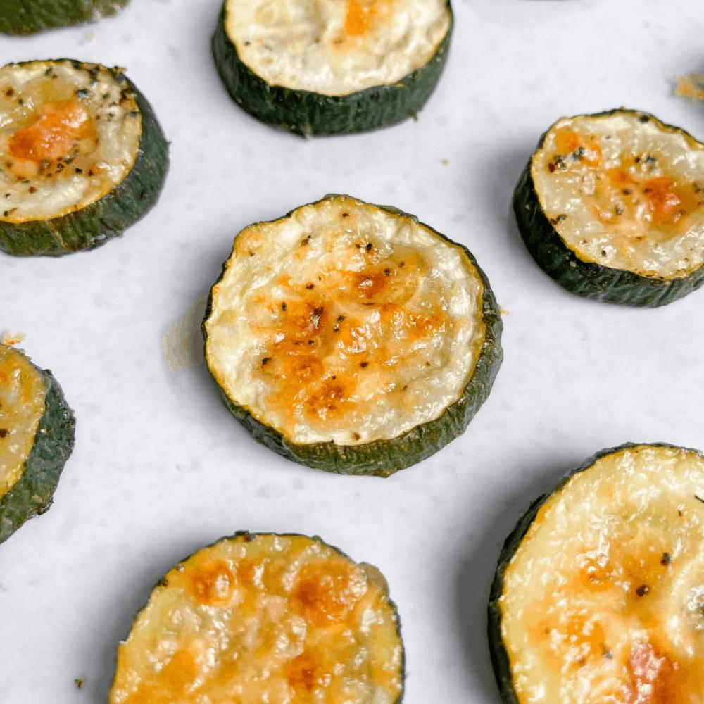 Healthy Baked Parmesan Garlic Zucchini Bites - recipe by Healthful Blondie