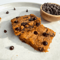 Grain-Free Sweet Potato Peanut Butter Blondies