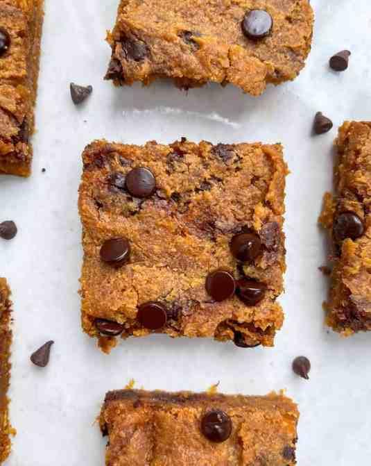 Easy and Healthy Gooey Sweet Potato Peanut Butter Blondies - recipe by Healthful Blondie