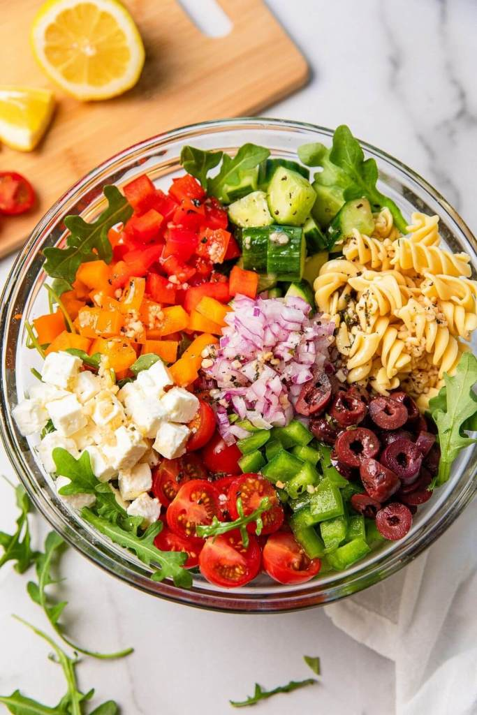 how to make pasta salad with light Greek vinaigrette dressing