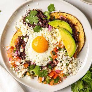 healthy easy 10 minute huevos rancheros
