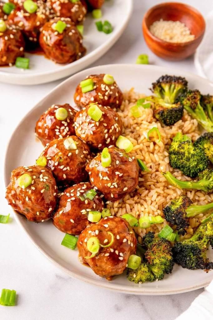 teriyaki turkey meatballs with sesame seeds