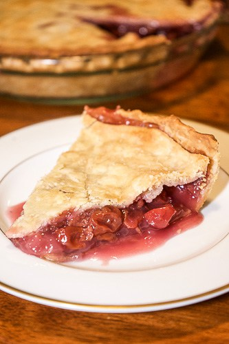 Grandma's Homemade Cherry Pie