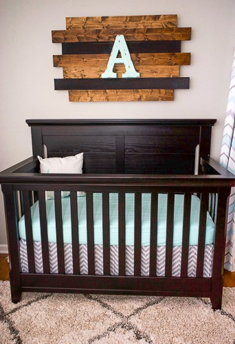 Find out how to put together this amazing piece of rustic wood nursery decor. It's easy to make and creates a unique piece for any nursery.