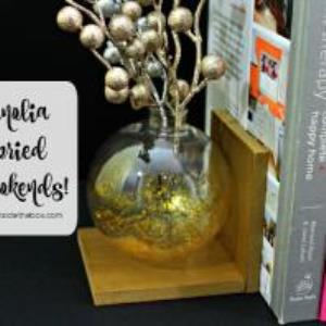 Handmade gifts are always special. They add such a personal touch to any gift giving occasion. Here are 10 amazingly creative DIY gift ideas.