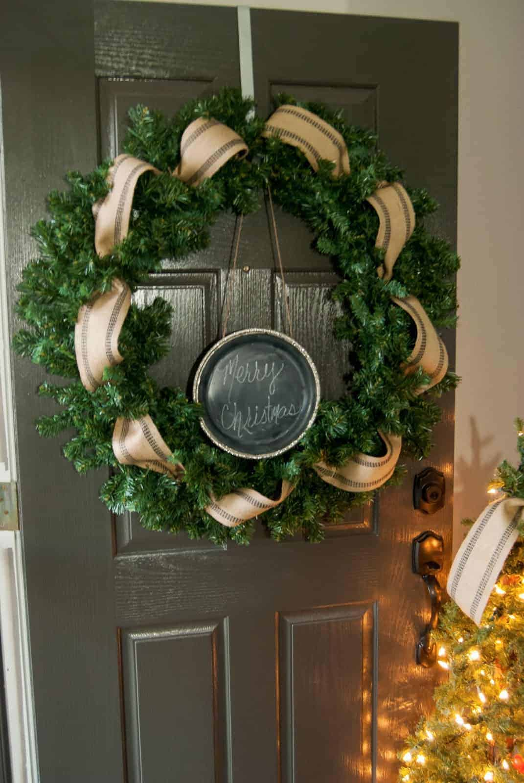 If you are itching for a holiday craft, look no further! I've rounded up 14 amazing DIY holiday wreaths in one place for you!