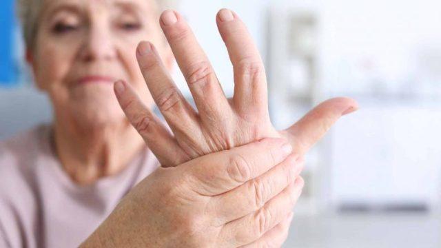 fibromyalgie stijve handen