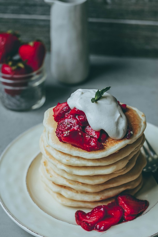 Fluffy Strawberries n' Cream Pancakes