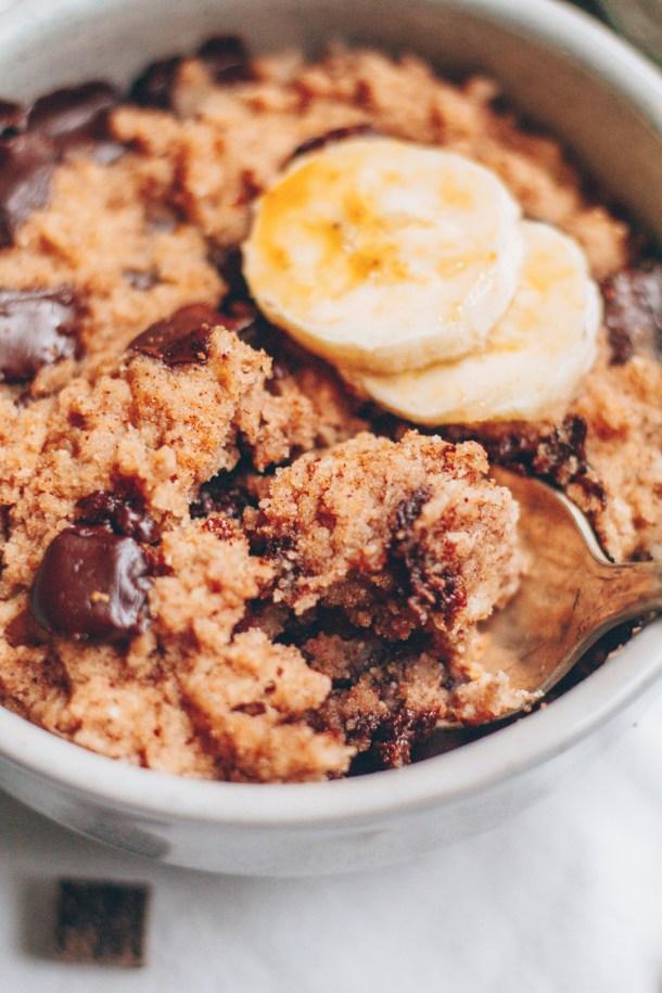 chocolate chip banana bread mug cake