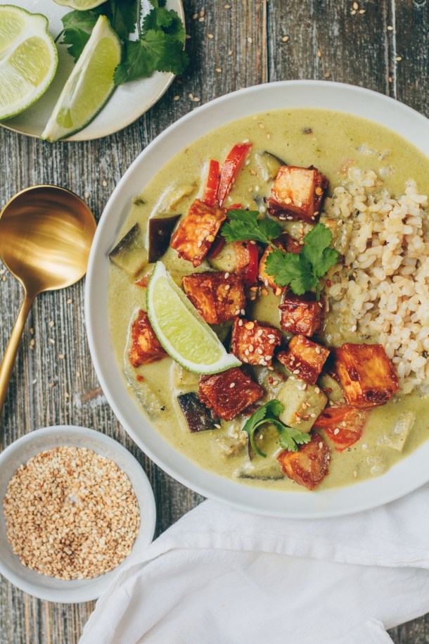 thai green curry with peanut tofu