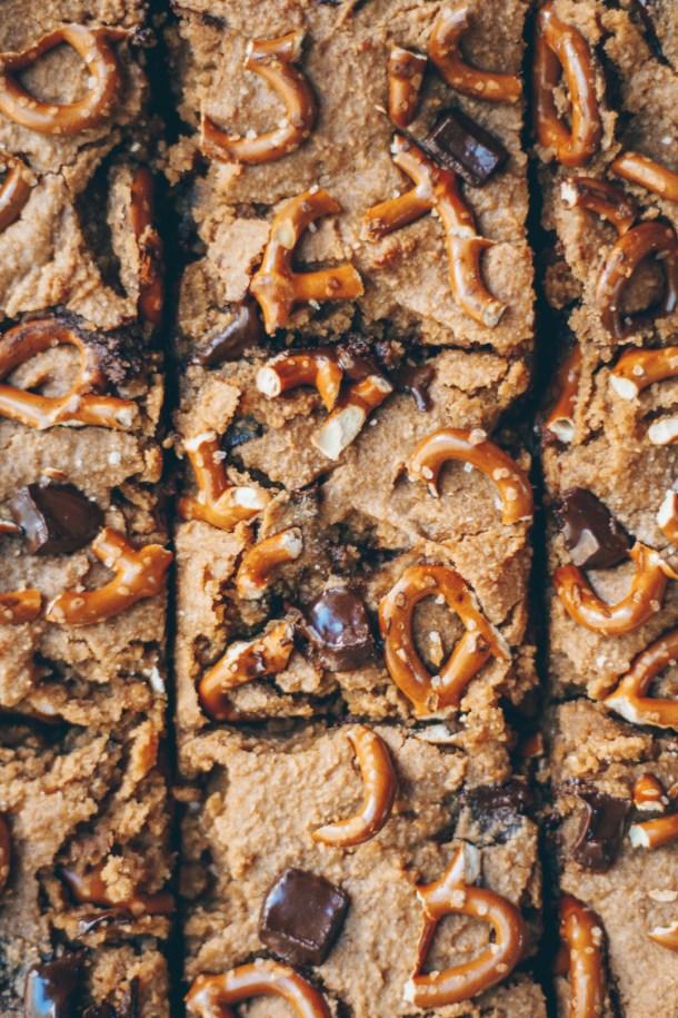 chocolate chip pretzel peanut butter blondies