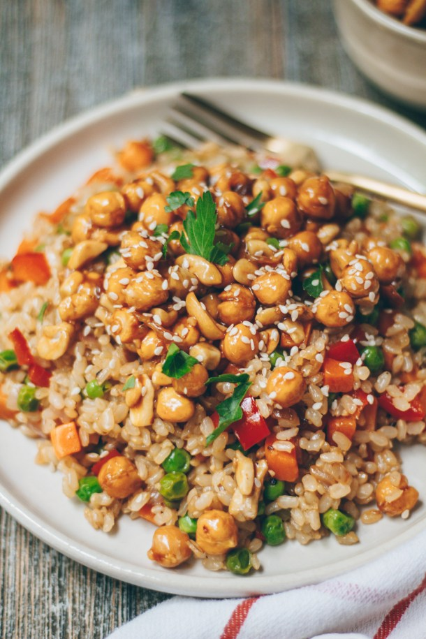 sweet and sour cashew and chickpea fried rice