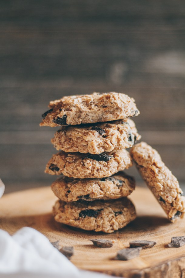 no-bake chocolate chip oatmeal cookies