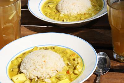Curry aus Zucchini und Karotten