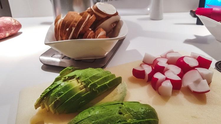 Radieschen Avocado Champignons Bowl Buddha vegan