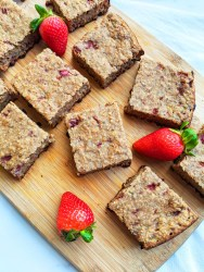 Level up your banana bread baking game by adding strawberries and bringing it to a whole new level. This strawberry banana bread is so easy (only need one bowl), extra moist, and delicious. It's vegan, gluten-free, oil-free, and refined sugar free. You're going to fall in love with it! #veganbread #bananabread #strawberrybanana
