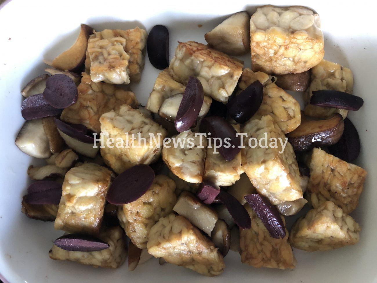 Pesto Tempeh and Mushrooms