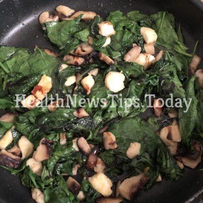 Halloumi & Spinach with Mushrooms