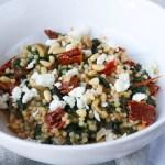 parelcouscous-feta-spinazie-tomaat-close