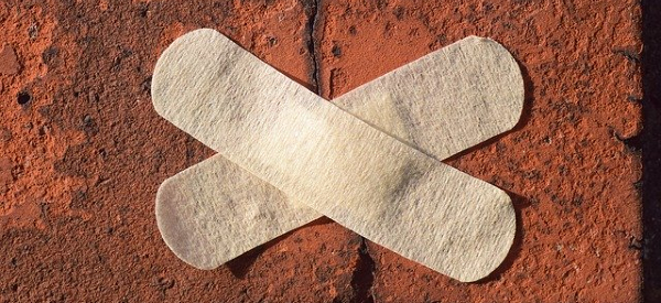 Smart Bandage Speeds Wound Healing