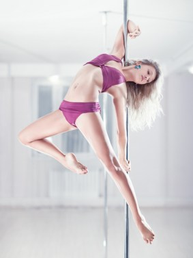 Pole Dancing Moves Review