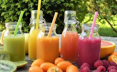 【子供こそ注意】フルーツジュース(果汁)を飲んでも便秘は治らないし糖分取りすぎで体に良くない