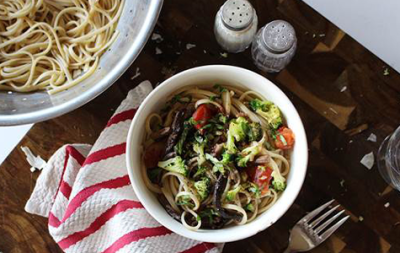 Linguine with Mushrooms and Vegetables
