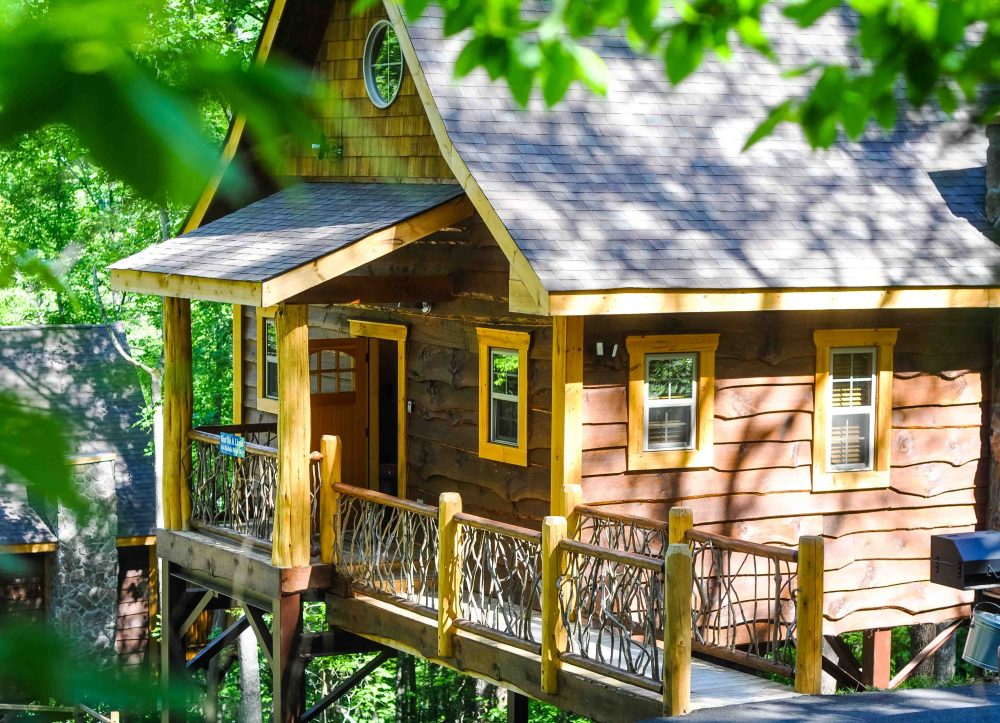 Whimsical wood treehouse cabin in Gatlinburg, Tennessee.