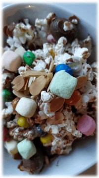 Make movie night special with this yummy popcorn mix. www.HealthyFamilyandMe.com