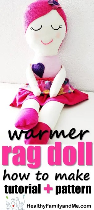 Want to make your own Handmade dolls? Try this Winter Warmer Mia doll with the easy step by step tutorial, photos and pattern #ragdol #handmandedolls #dollsDIY #dollcraft #makeyourowndoll #homemadecrafts #toddlerdoll #DIYdoll
