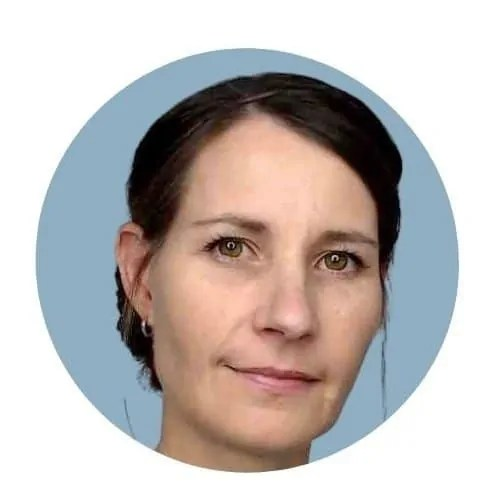Dr Estie Alessandrini