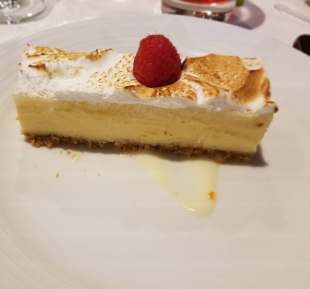 key lime pie, dinning on harmony of the seas