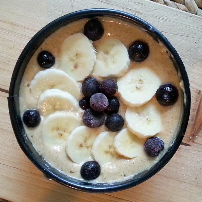 Mini bananenbroodje met blauwe bessen (3)