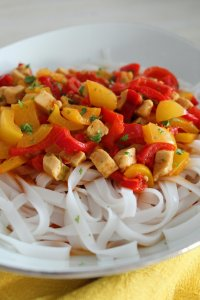 rijstnoedels met paprika curry 2