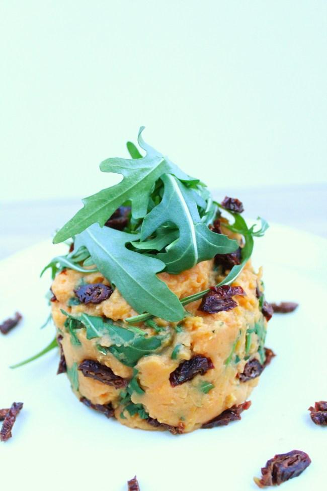 Zoete aardappel stamppot met rucola en zongedroogde tomaat 2
