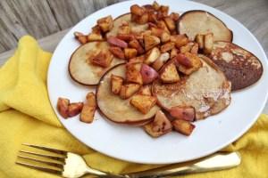 Glutenvrije pannenkoekjes met gebakken appel 1