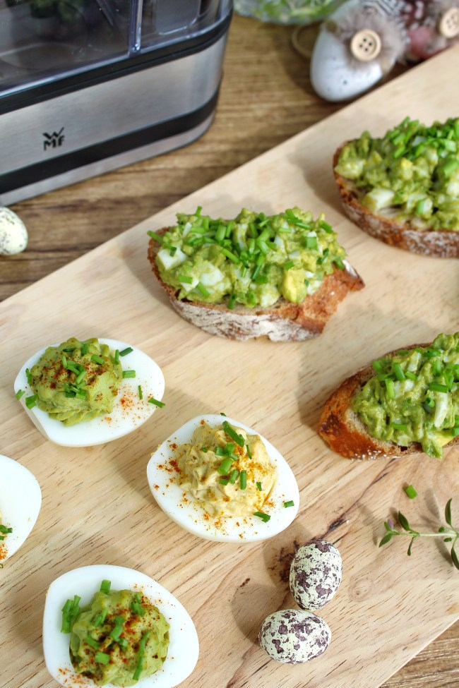 avocado en geitenkaas gevulde eieren