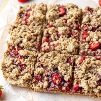 Strawberry Oat Crumble Slice