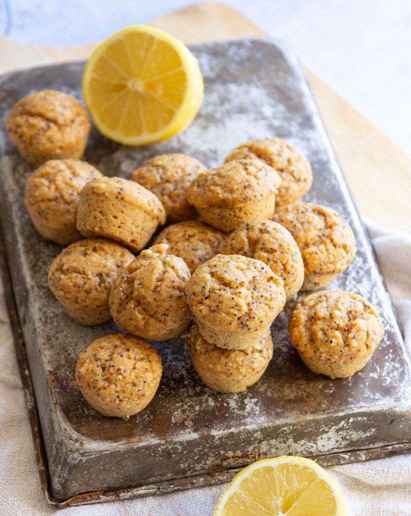 lemon and poppyseeds muffins