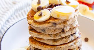 vegan chocolate chip banana pancakes